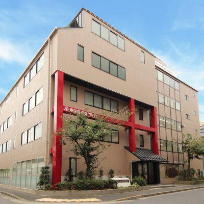 制作実績|写真撮影・東京都-東京医薬専門学校様 画像加工後